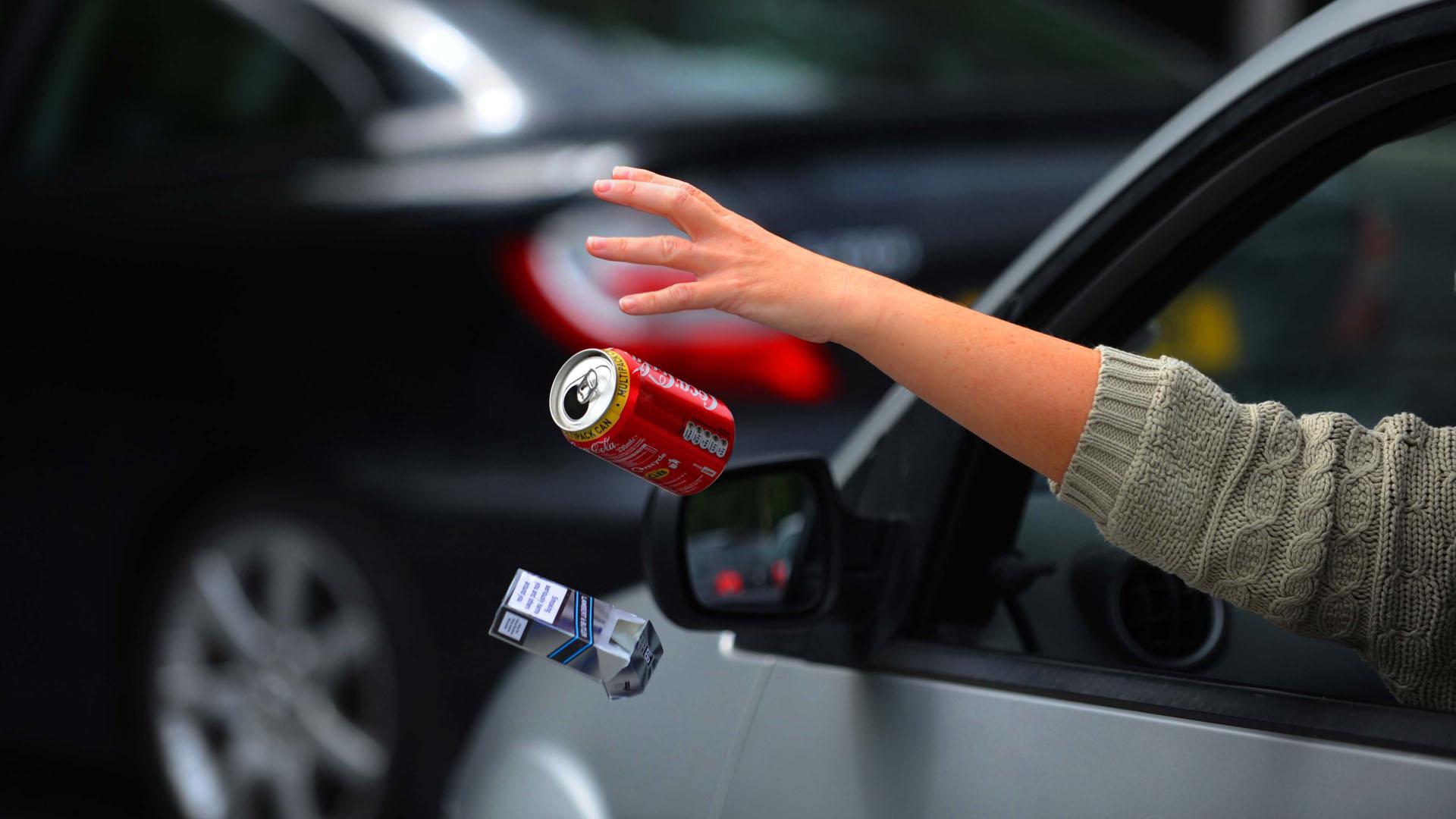 Планируется значительное повышение штрафов за мусор, выброшенный из окна автомобиля